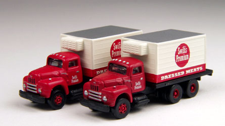 Swifts Premium Meats - 1950s International R-190 Delivery  (1:160)
