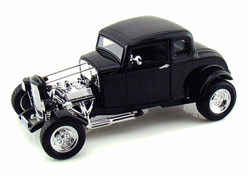 1932 Ford Hot Rod in Black (1:18)