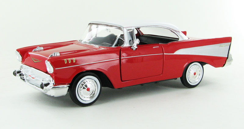 1957 Chevrolet Bel Air in Red (1:24)