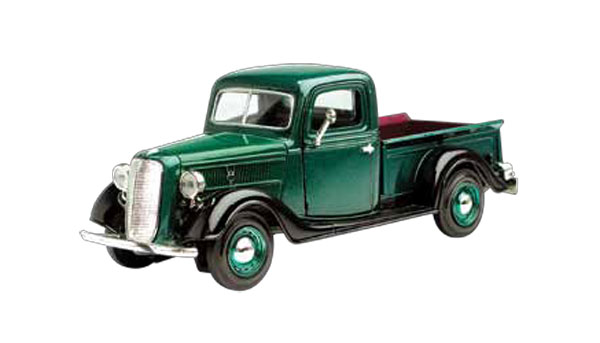 1937 Ford Pickup in Metallic Green (1:24)