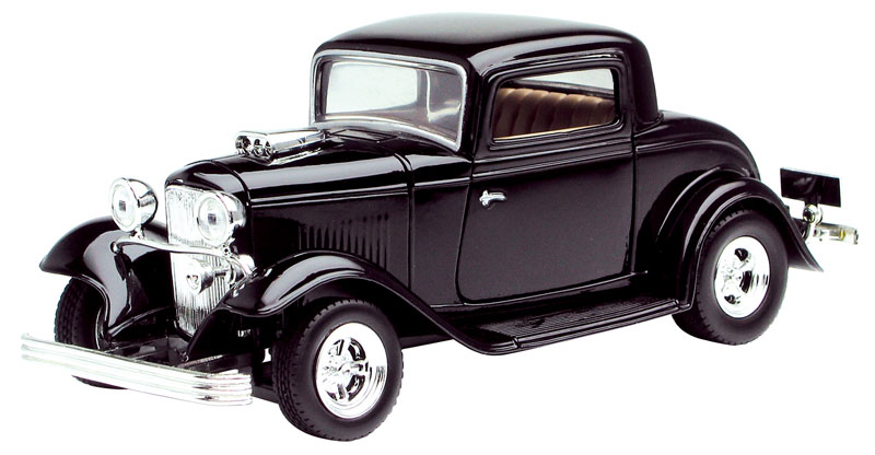 1932 Ford Coupe in Black (1:24)
