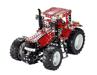 Case IH Magnum Tractor Construction Set (1:16)