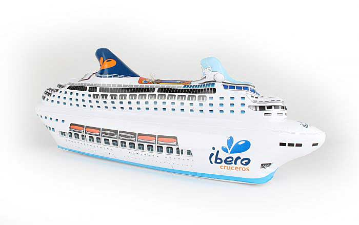 Iberio Cruceros Inflatable Cruise Ship, Daron Toys, Item Number EB0257