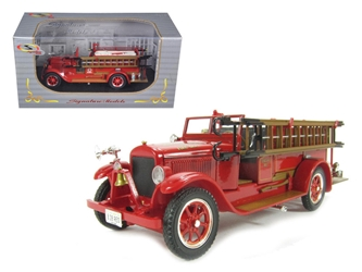 1928 Reo Fire Engine (1:32), Signature Models Item Number 32308R