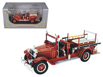 1928 Studebaker Fire Engine (1:32), Signature Models Item Number 32347R