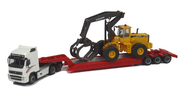 Volvo FH12 with Lowboy and Volvo L180C Timber Grapple (1:87)