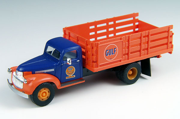 Gulf Oil Company - 1941 Chevrolet Stake Bed  (1:87)