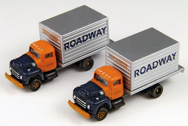 Roadway Express - IH R-190 Delivery Truck Set  (1:160), Classic Metal Works Item Number CMW50351