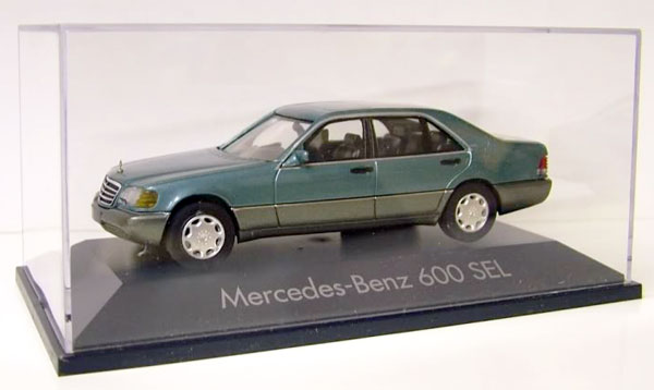 Mercedes-Benz 600 SEL Sedan in Green1/43