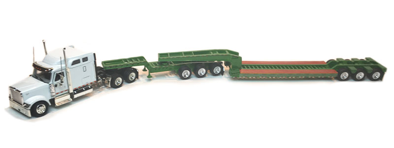 International 9900 Tractor (1:53), Tonkin Item Number TNK700014