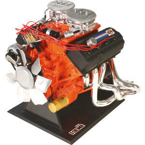 Dodge 426 Hemi SS V8 1:4 Kit