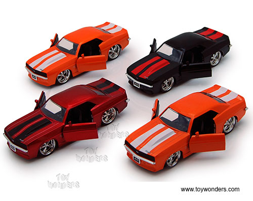 Chevy Camaro Hard Top (1969, 1:32 scale diecast model car, Asstd.), Jada Toys Bigtime Muscle Item Number 96949
