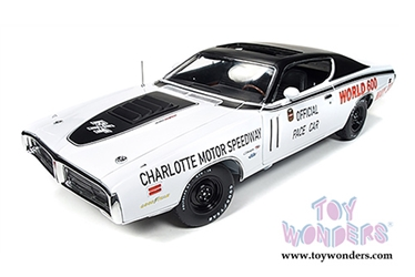 Dodge Charger R/T Hard Top - Charlotte Motor Speedway - World 600 Pace Car (1971, 1/18 scale diecast model car, White with Black), Auto World Item Number AW223