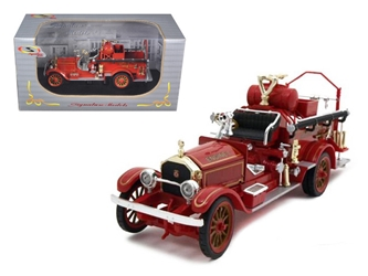 1921 American Lafrance Fire Engine (1:32), Signature Models Item Number 32371R