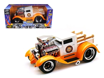 "1929 Ford Model A Orange/White ""Muscle Machines"" 1/18 Diecast Model Car by Maisto, Maisto Item Number MST32201OR/W"