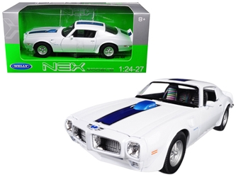 1972 Pontiac Firebird Trans Am White 1/24 - 1/27 Diecast Model Car by Welly, Welly Item Number 24075W