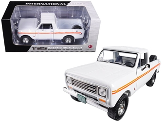 1979 International Scout Terra Pickup Truck White / Orange Spear 1/25 Diecast Model Car by First Gear, First Gear Item Number 49-0407