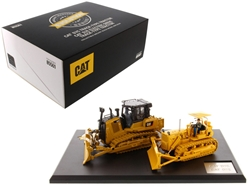 "CAT Caterpillar D7C Track Type Tractor (Circa 1955-1959) and CAT Caterpillar D7E Electric Drive Track Type Tractor (Current) with Operators ""Evolution Series"" Set of 2 pieces 1/50 Diecast Models by Diecast Masters"
